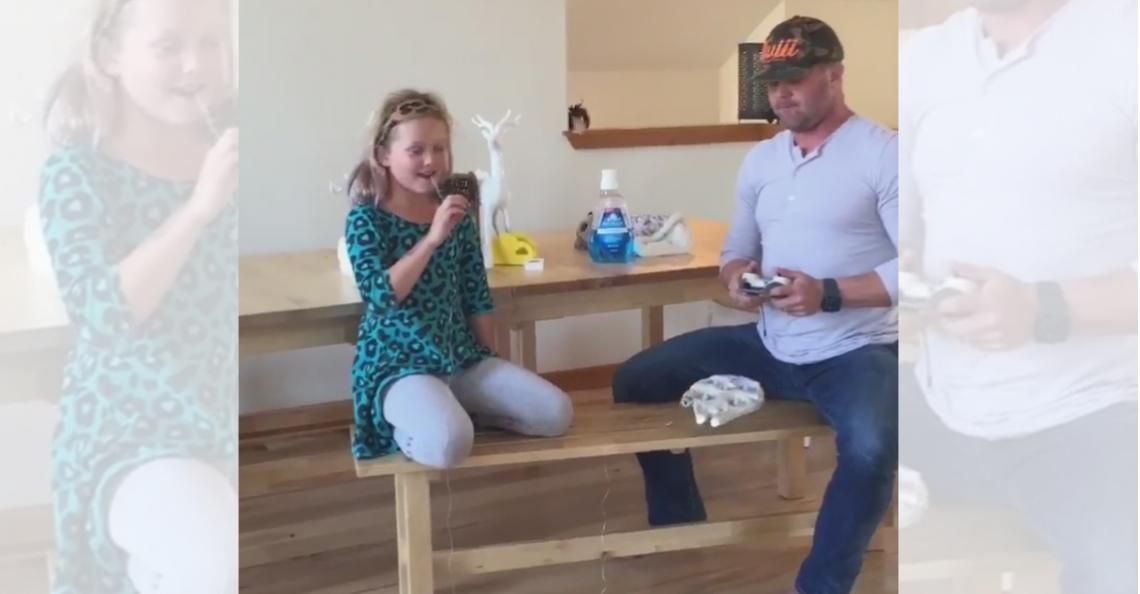 Vader trekt tand van dochter met drone