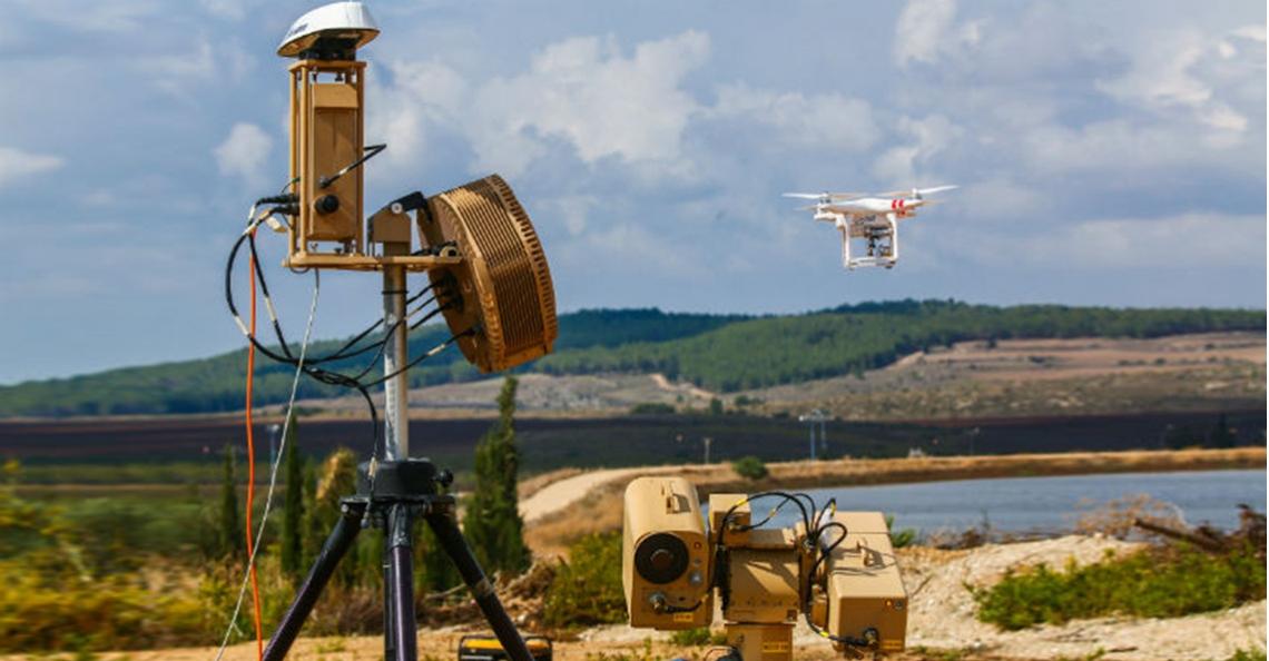 Israëlisch bedrijf presenteert 'Drone Dome' anti-drone-systeem