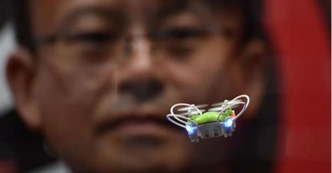 Nano-drone op International Tokyo Toy Show 2016