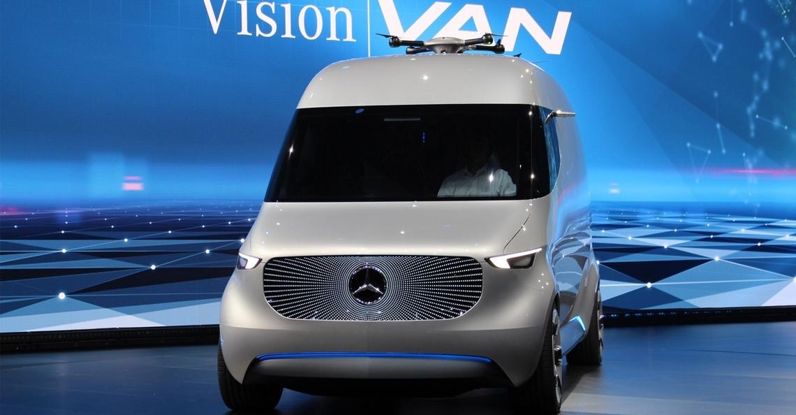 Mercedes-Benz bezorgbus van de toekomst heeft drones op het dak
