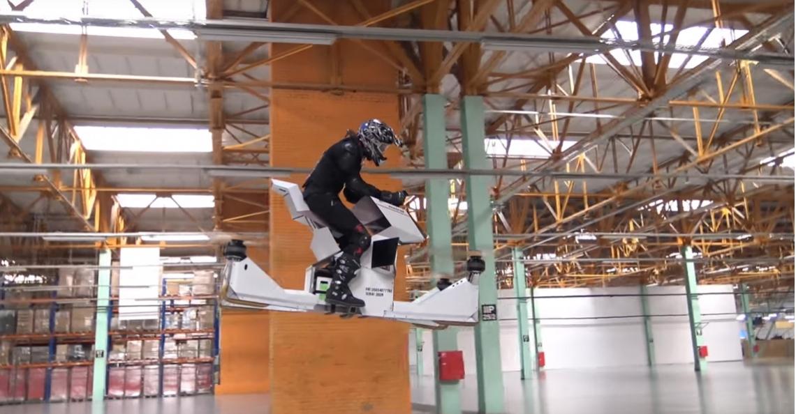 Russische startup demonstreert hoverbike voor persoonsvervoer