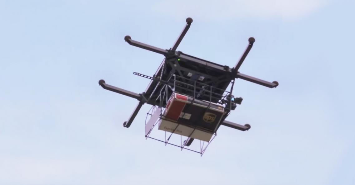 UPS bezorgt eerste pakket met behulp van drone