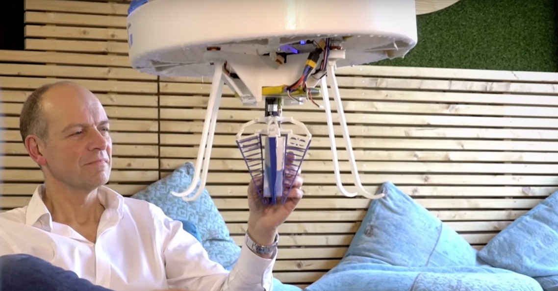 Eindhovense drone brengt medicijnen rond in ziekenhuis