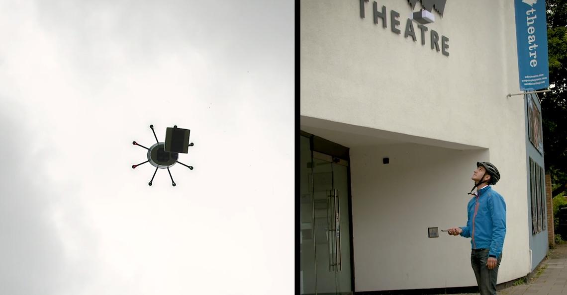 Drone van Cambridge Consultants levert pakket in je handen af