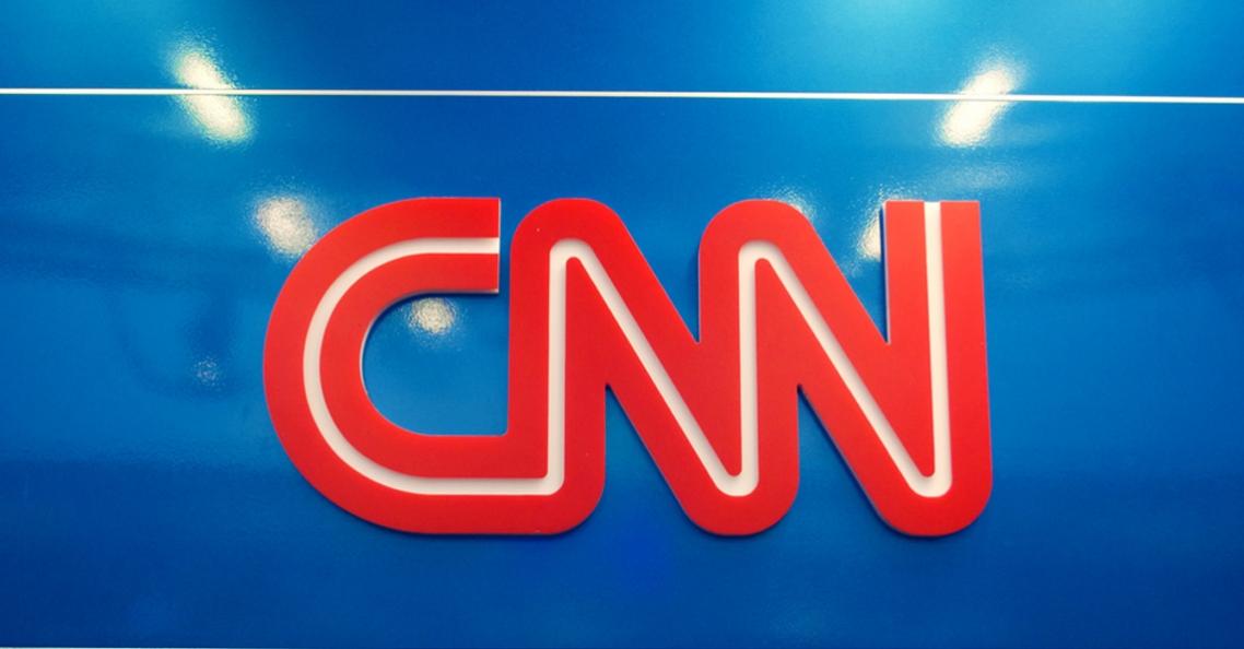 CNN krijgt vrijstelling van FAA om boven mensenmenigte te vliegen