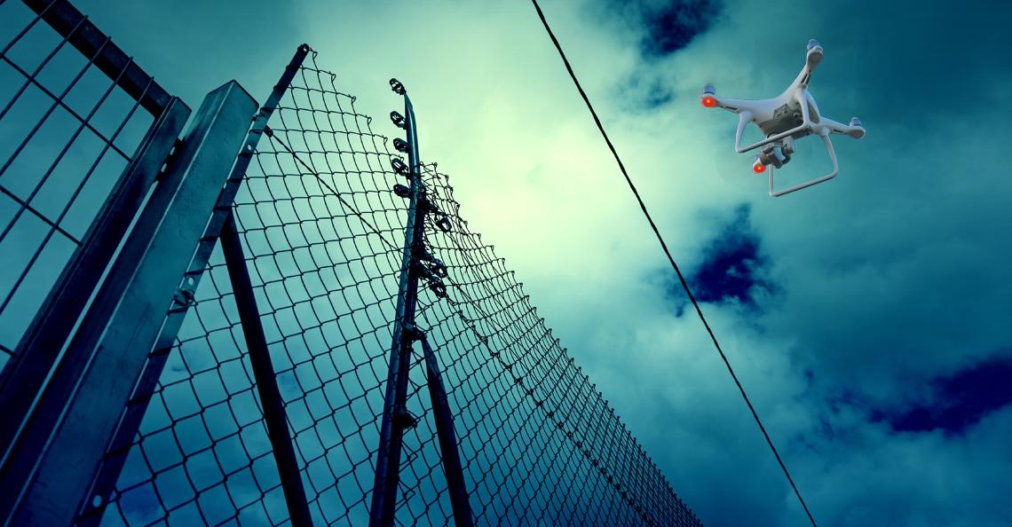 Drone-smokkelaars bij gevangenis betrapt door wildlife camera's
