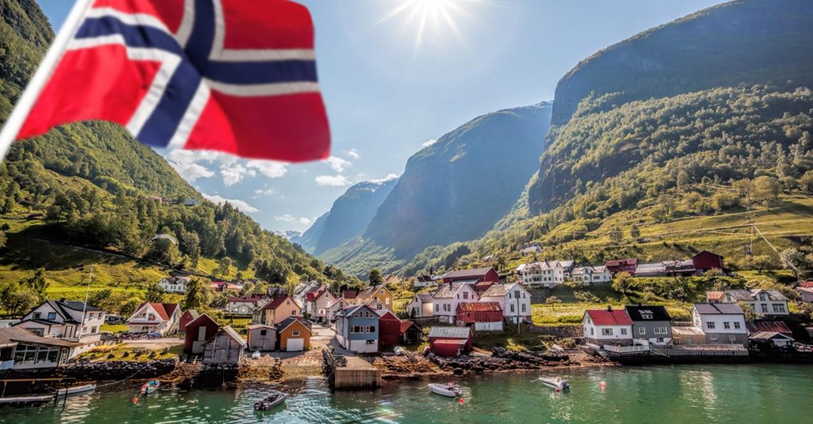 Noorwegen gebruikt drones voor opsporen van afval in fjorden