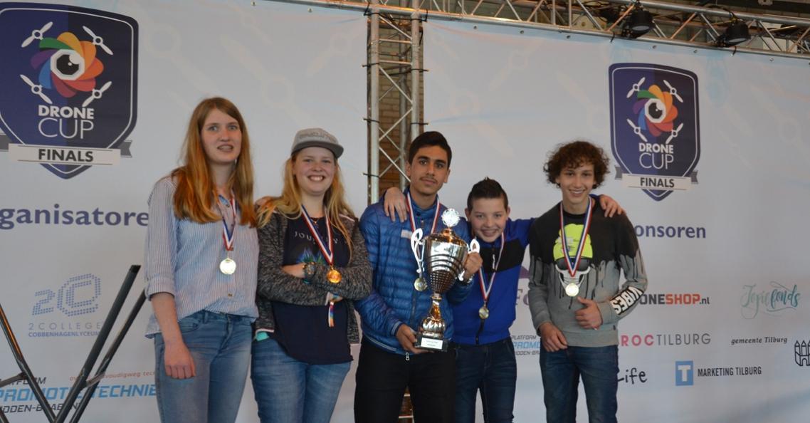 Cobbenhagenlyceum uit Tilburg wint landelijke finale Dronecup Finals 2018