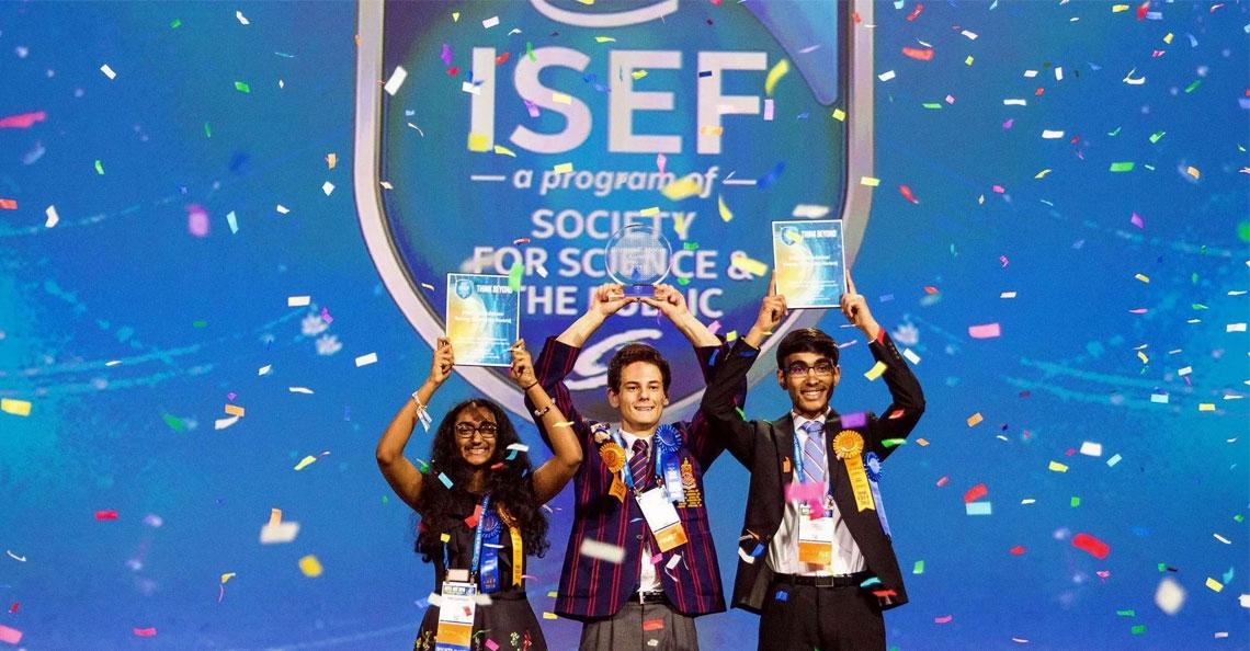 19-jarige student uit Australië wint hoofdprijs Intel's ISEF wedstrijd met drone om ramen te wassen