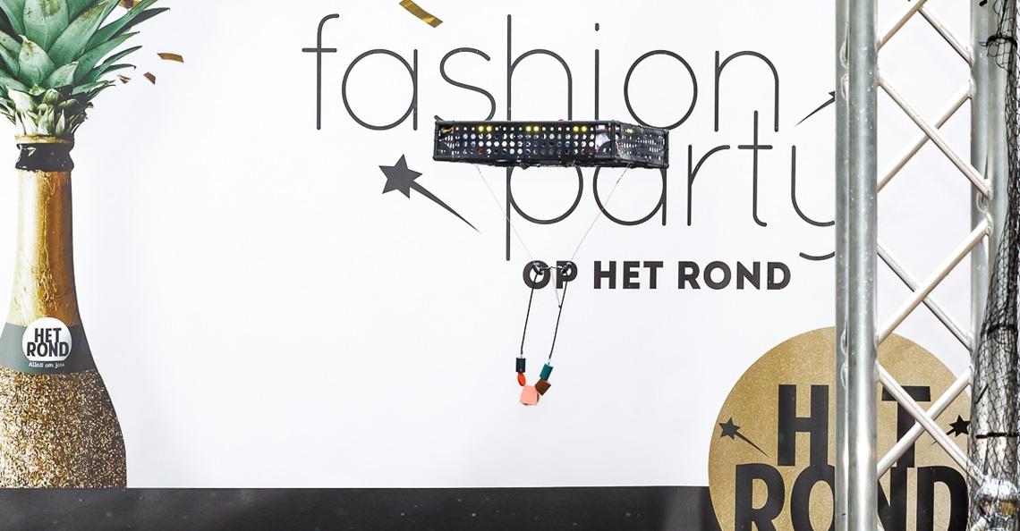 Modeshow met drones tijdens Fashion Party Houten