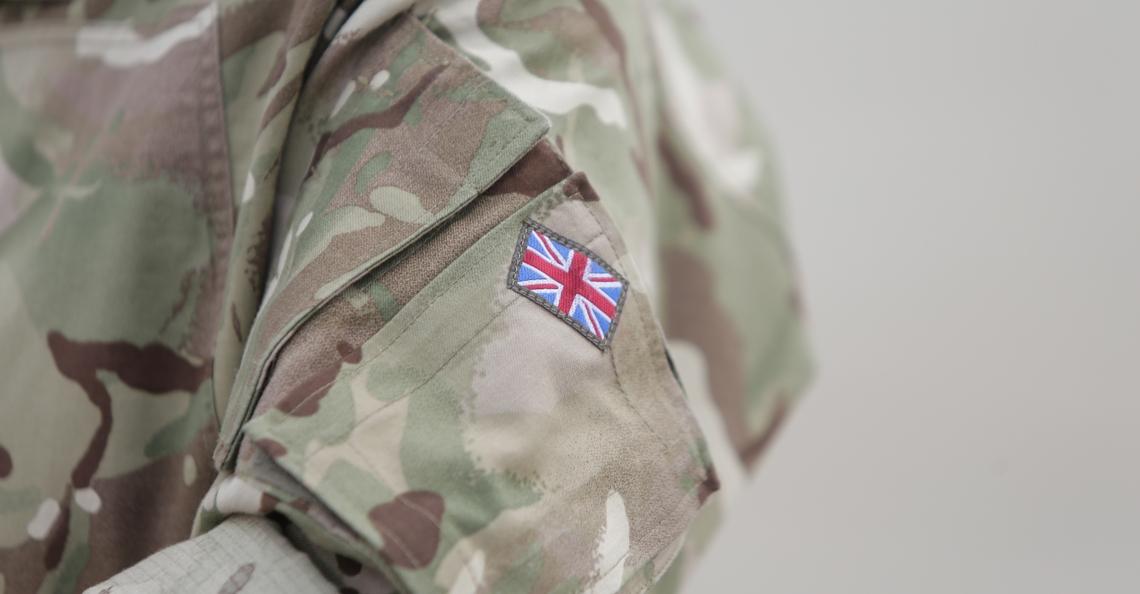 Brits leger naar Gatwick Airport om drones uit de lucht te halen