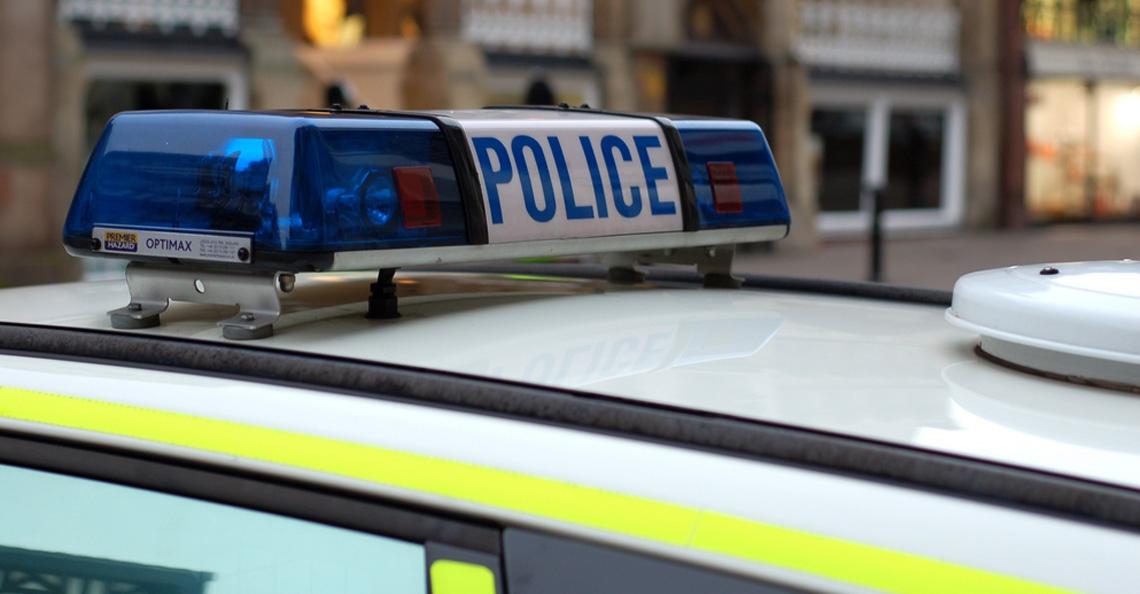 Britse politie arresteert man en vrouw voor Gatwick drones