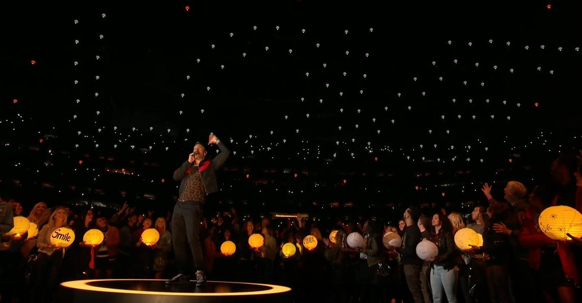 Maroon 5 treedt op met 150 drones tijdens Halftime Show Super Bowl