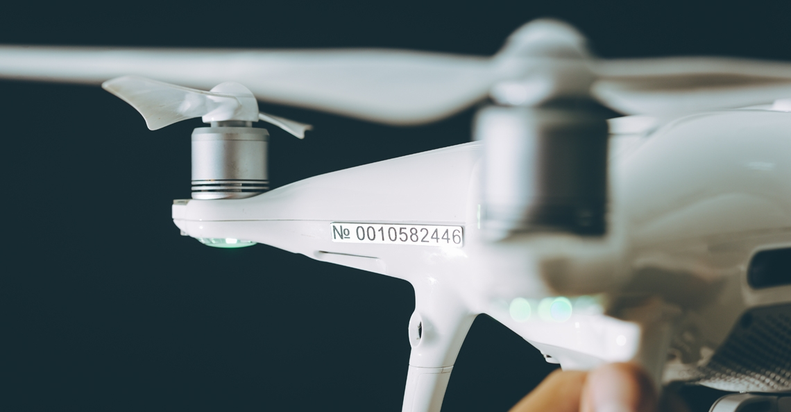 Drone-eigenaren VS moeten ID-nummer aan buitenzijde van drone plaatsen