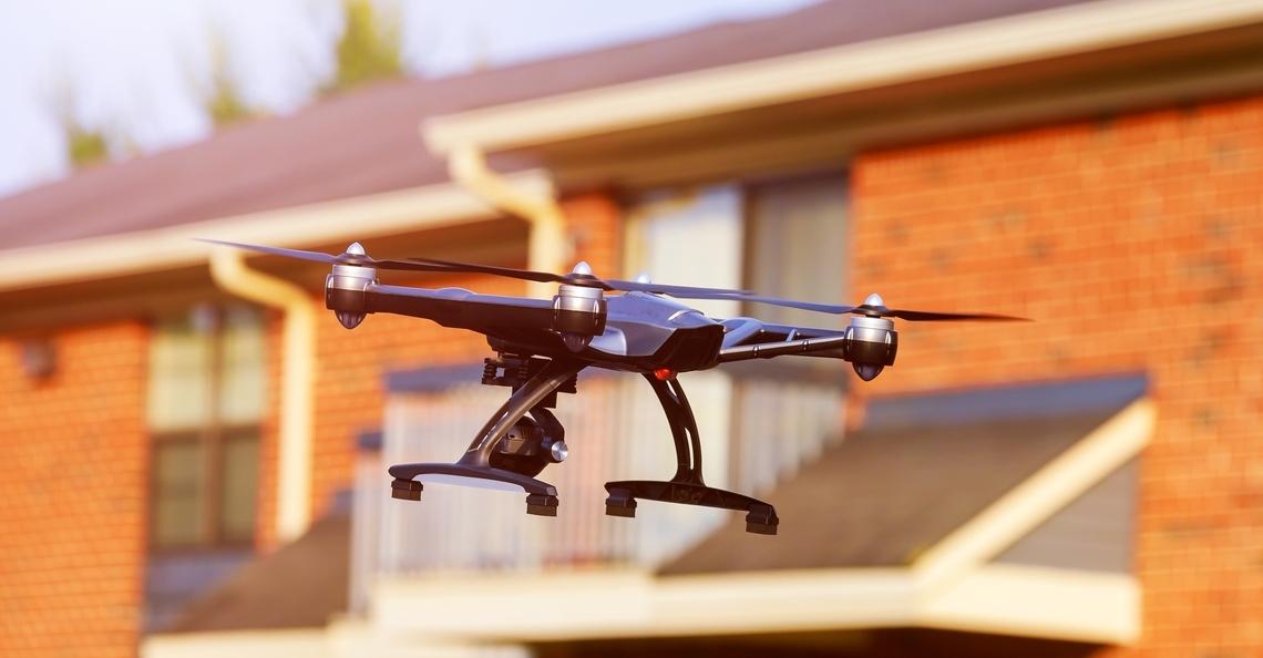 Woningcorporaties testen drones voor inspectie huurhuizen