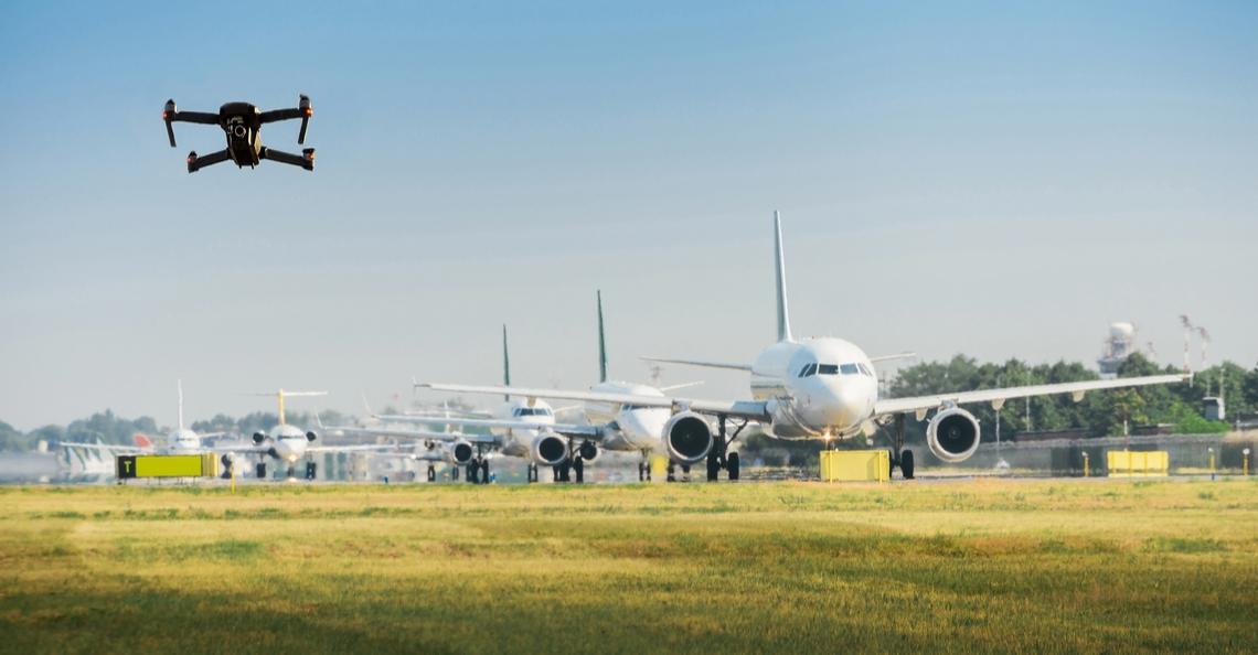 Viegveld Frankfurt annuleert vluchten na drone-signalering
