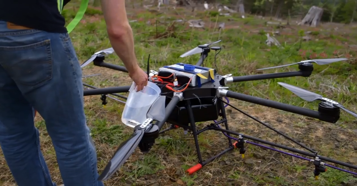 Amerikaans bedrijf plant bomen met drones