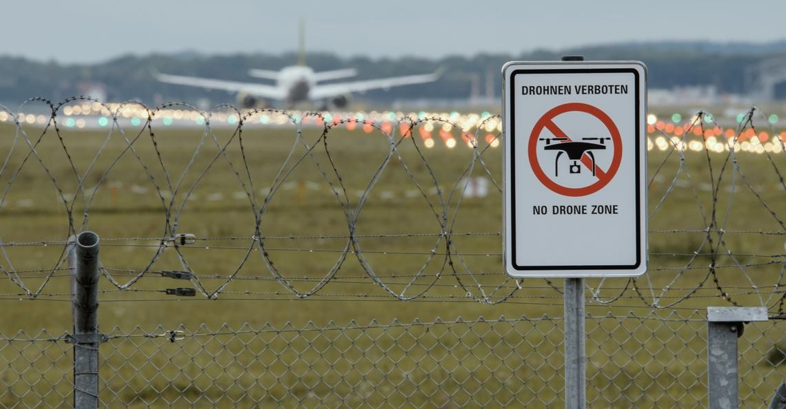 Beveiligen luchthavens tegen drones kost Duitsland miljoenen