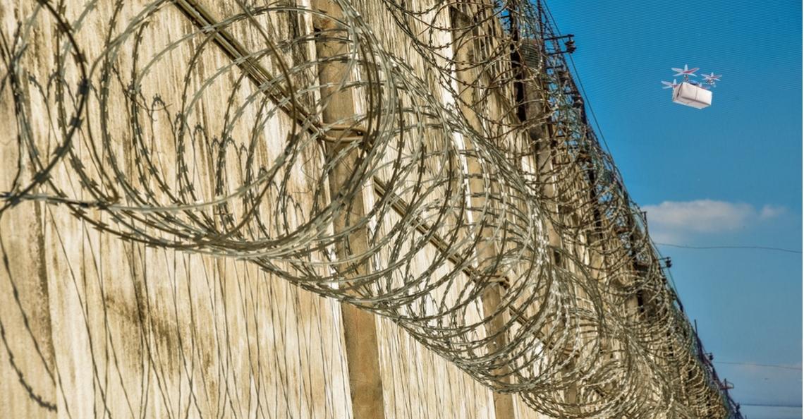 Dronesmokkelaars aangehouden nabij gevangenis Krimpen a/d Ijssel