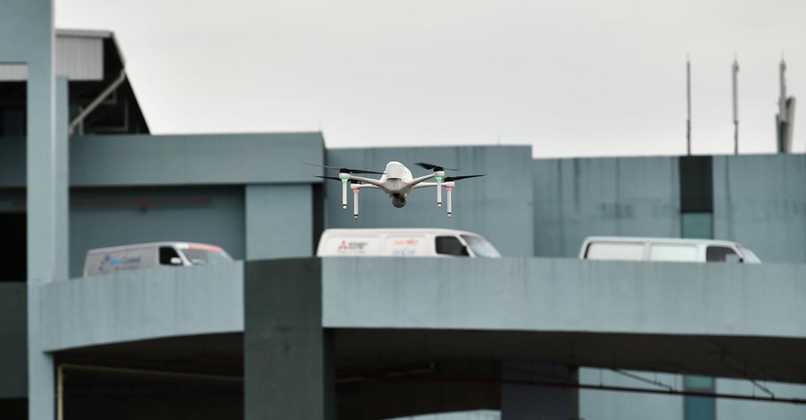Drones bewaken verlaten bedrijfspanden in Singapore