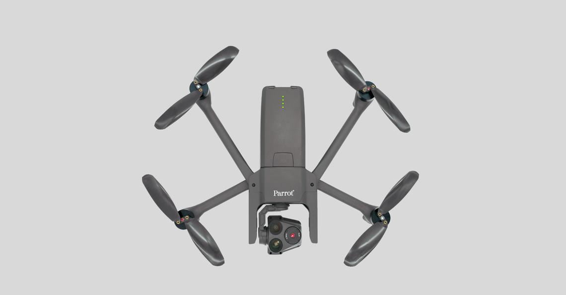 Parrot werkt samen met FoxFury voor drone-verlichting