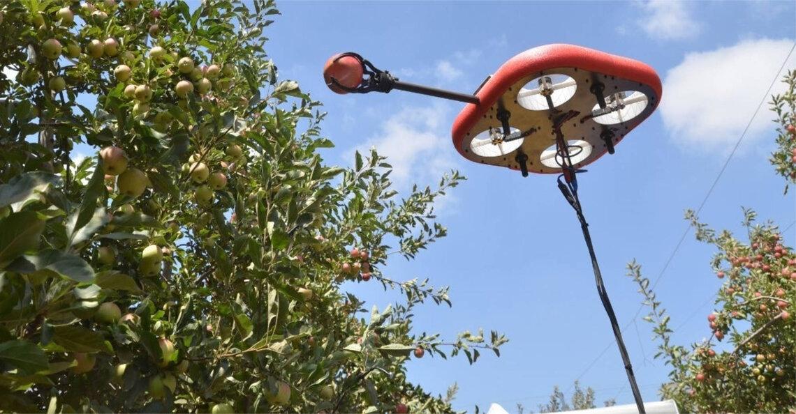 Tevel Technologies trekt aandacht met drones die fruit plukken