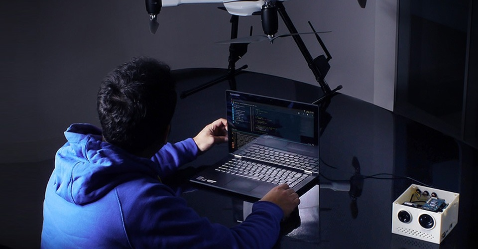 Aerialtronics introduceert on-board processing camera