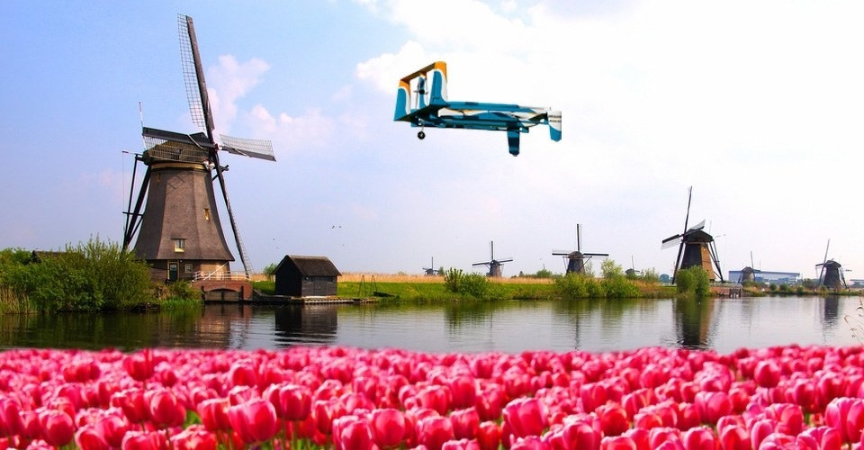 Amazon CEO Jeff Bezos zegt bezorgdrones te testen in Nederland!