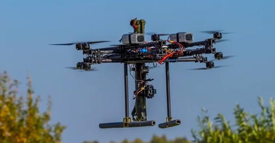 Russische wapenmaker toont vliegende Bazooka drone