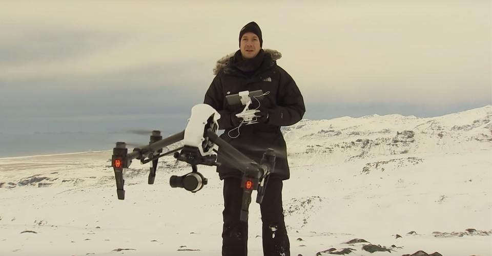 Vulkaan in IJsland wordt in de gaten gehouden door drones
