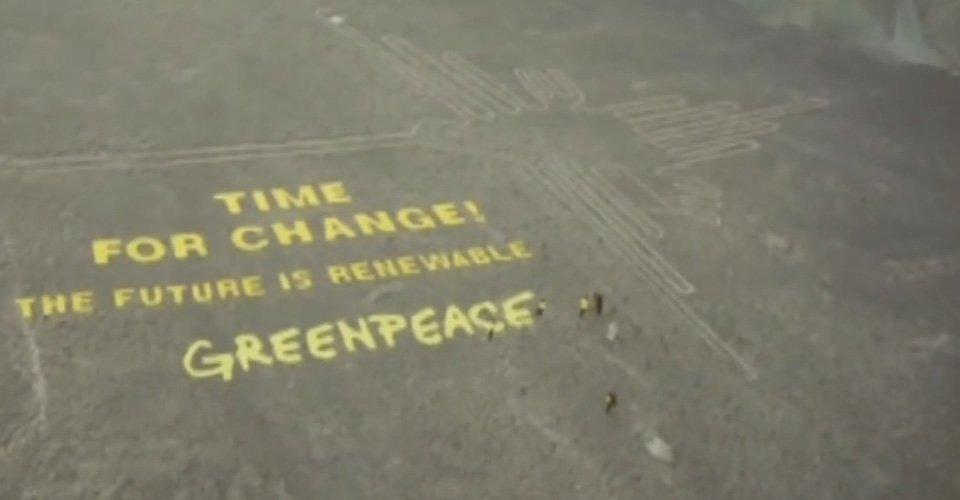 Drone beelden van schade Greenpeace actie in Peru