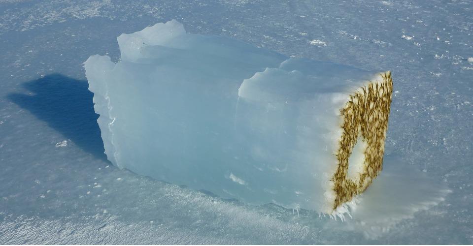 Drones meten licht onder ijsvlakte van Antarctica
