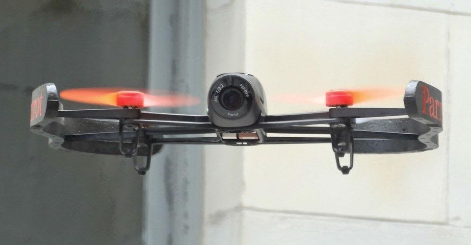 Parrot Bebop drone gaat 499 euro kosten