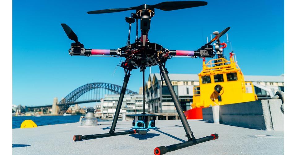 Wereldwijde drone live stream van vuurwerkshow in Sidney, Australië