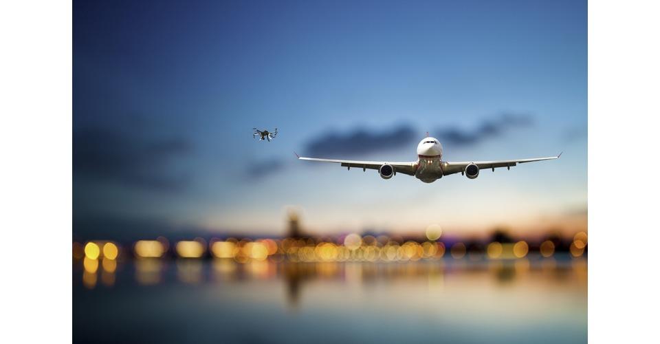 Drone botst bijna met vliegtuig