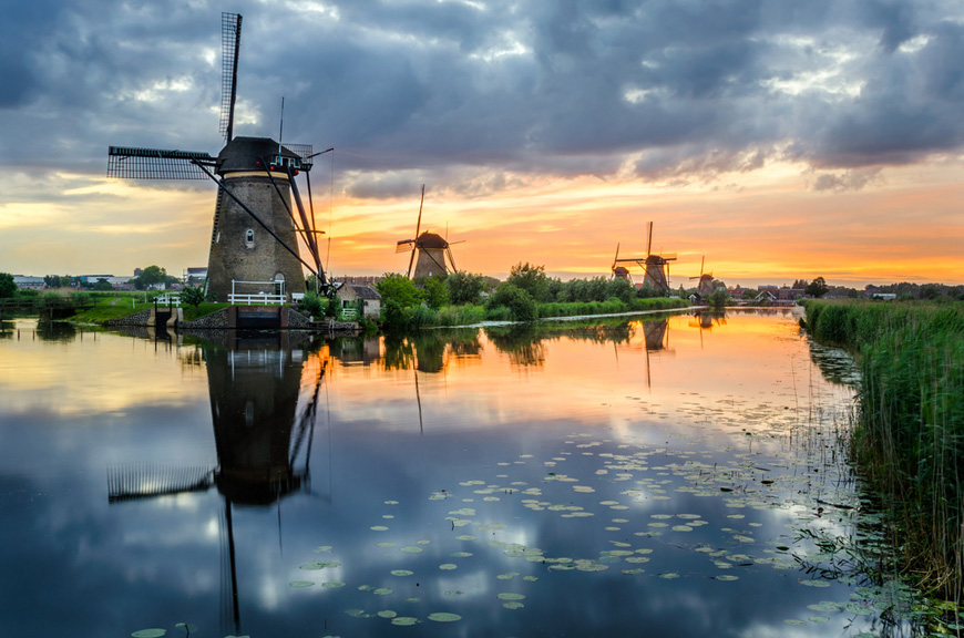 picture drone with Drone Video Unesco Windmolens Kinderdijk Dji Inspire 1 Flying Dutch Fenix on Zo Mooi Is De Natuur In Schotland likewise  as well Metallica Hardwired Logo With Transparent Background additionally N110ct likewise Fichier Logo Parrot.