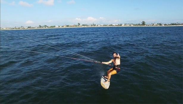alex-fox-slingshot-sports-kiteboard-615x350