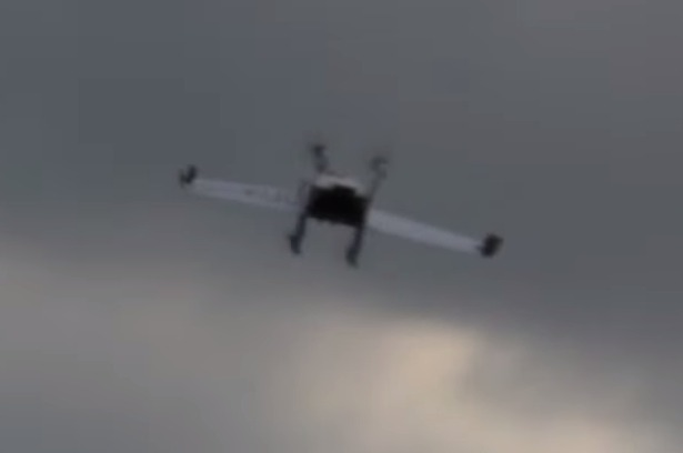 Studenten ontwikkelen drone voor pakketbezorging - Een hellend land ontwikkelen ...
